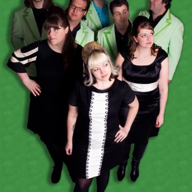 Jenny Dee & The Delinquents